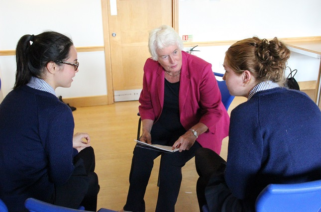 margaret-mountford-offering-advice-to-benenden-girls-on-their-business-challenge